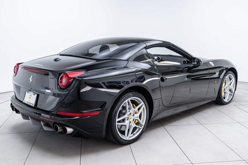 2016 Ferrari  California image _6125ec1f30a3a3.46549964.jpg