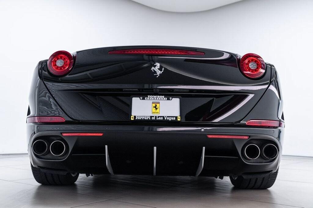 2016 Ferrari  California image _6125ec1fd78214.85527537.jpg