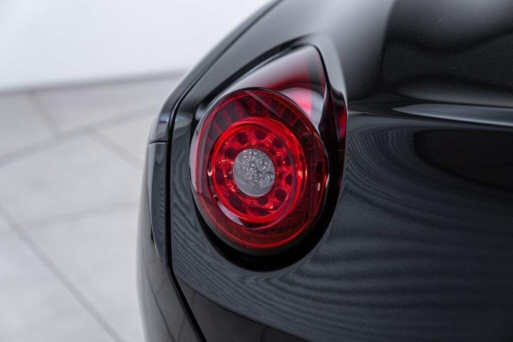 2016 Ferrari  California image _6125ec203ed083.97636758.jpg