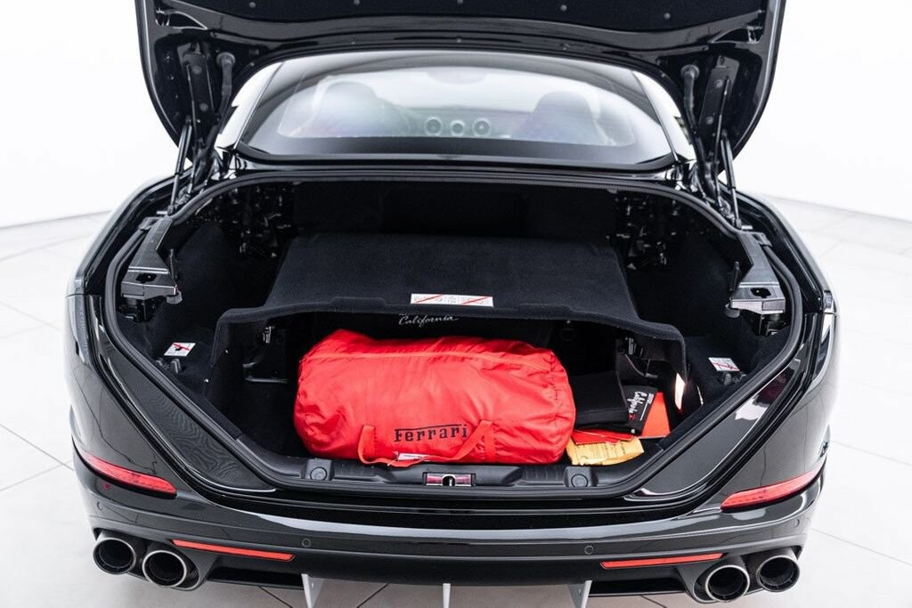 2016 Ferrari  California image _6125ec210c9985.15532630.jpg