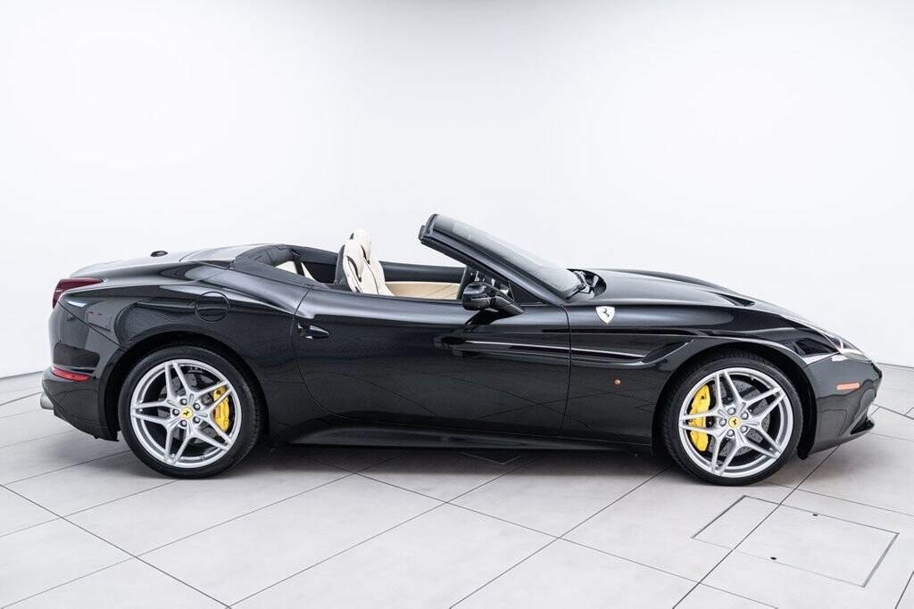 2016 Ferrari  California image _6125ec243ed1a8.73197481.jpg