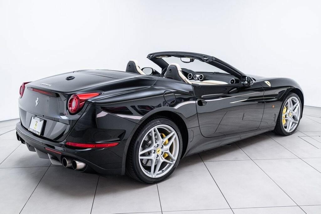 2016 Ferrari  California image _6125ec24910609.48367098.jpg