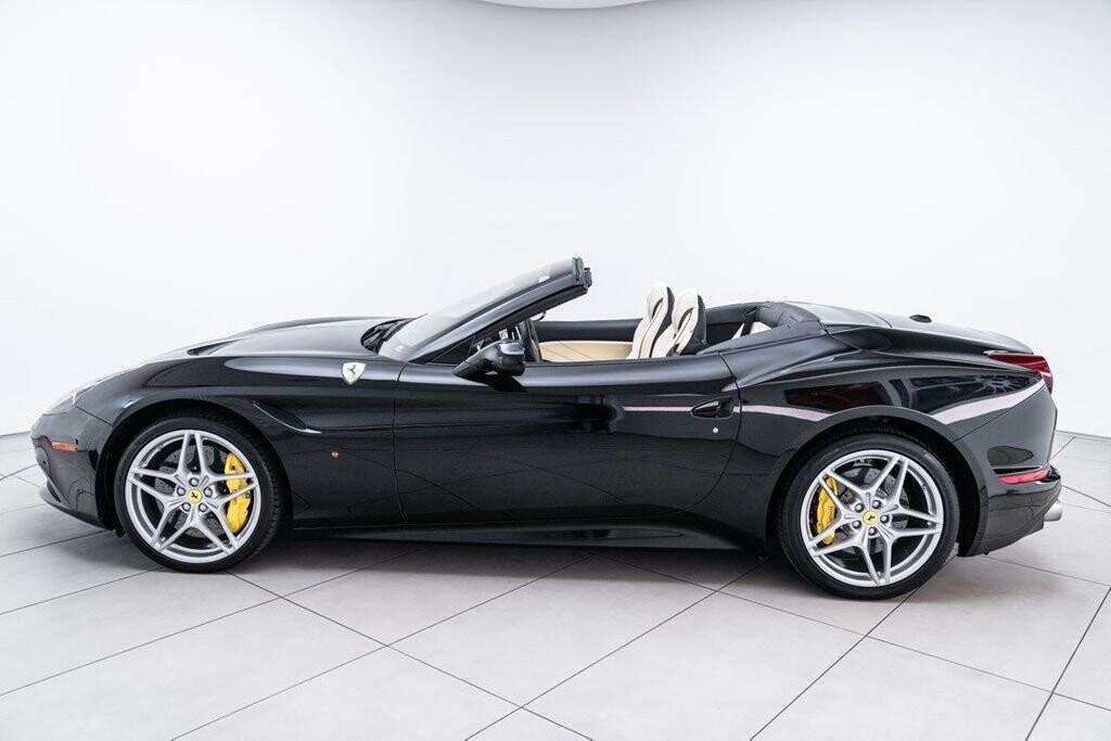 2016 Ferrari  California image _6125ec25b067b6.09394812.jpg