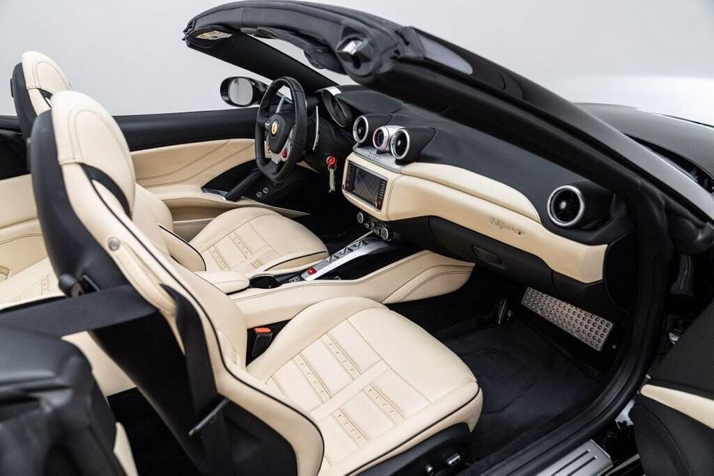 2016 Ferrari  California image _6125ec2be88952.03008300.jpg