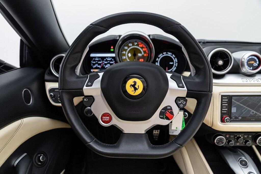 2016 Ferrari  California image _6125ec2dc64b79.30882042.jpg