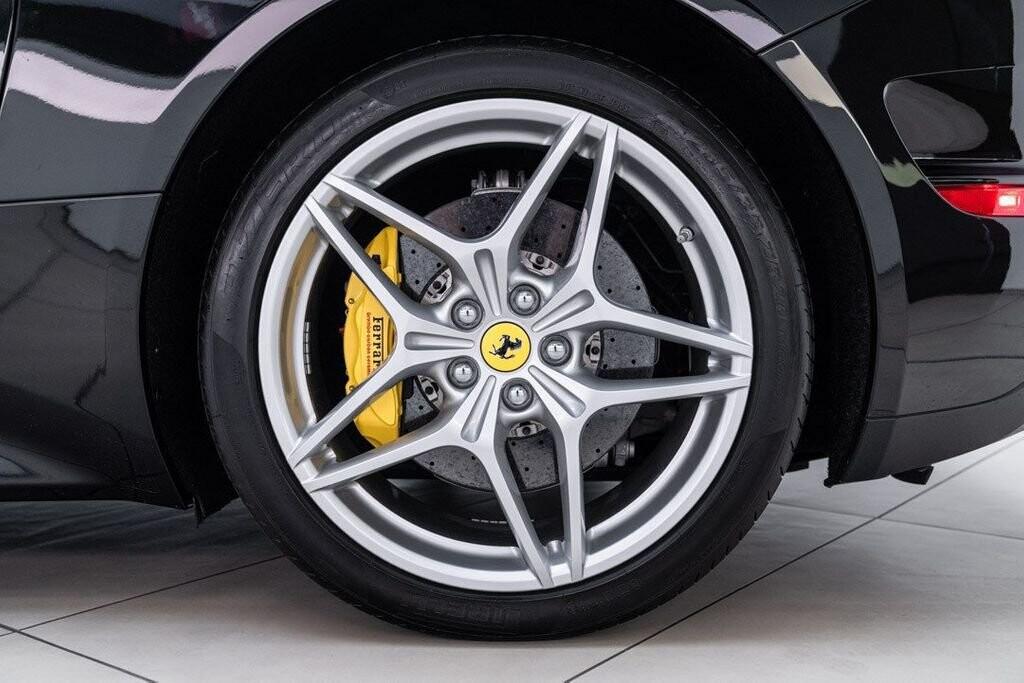 2016 Ferrari  California image _6125ec339c39e8.06261321.jpg