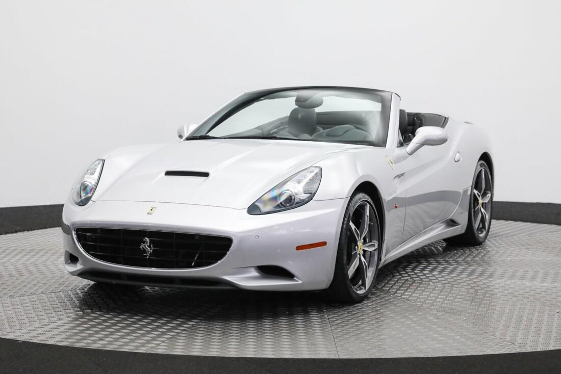 2014 Ferrari  California image _61273bf5e32865.19315698.jpg