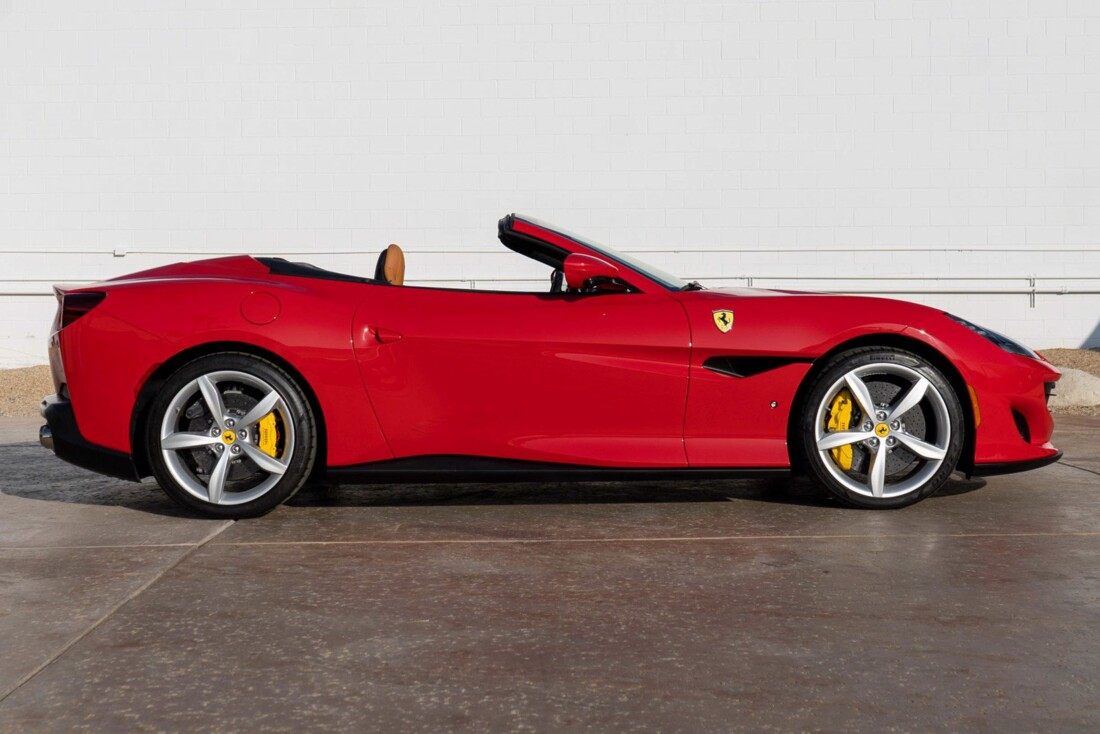 2020 Ferrari  Portofino image _61273c68595d21.12882277.jpg