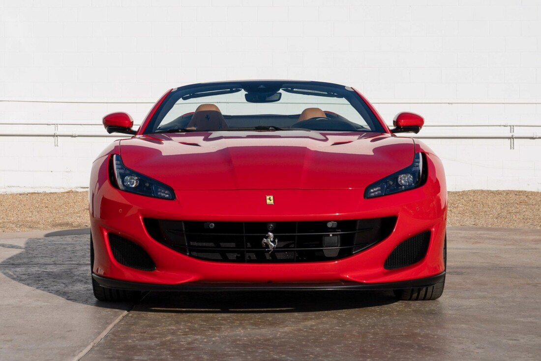 2020 Ferrari  Portofino image _61273c69170e39.98134650.jpg