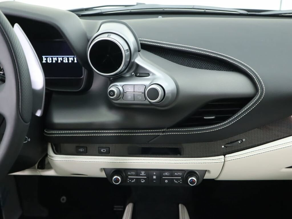 2020 Ferrari F8 Tributo image _61273df79e2023.81545669.jpg