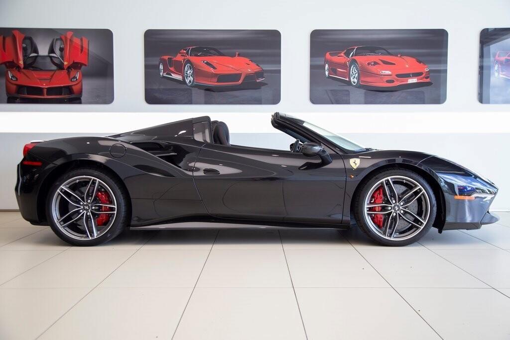 2019 Ferrari 488 Spider image _61273e21e16090.30582558.jpg