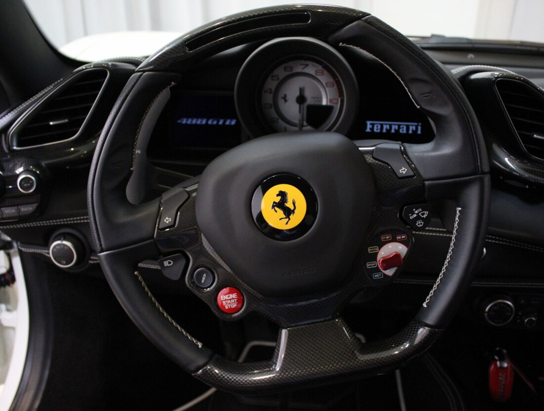 2018 Ferrari 488 GTB image _61288d98519323.19219943.jpg
