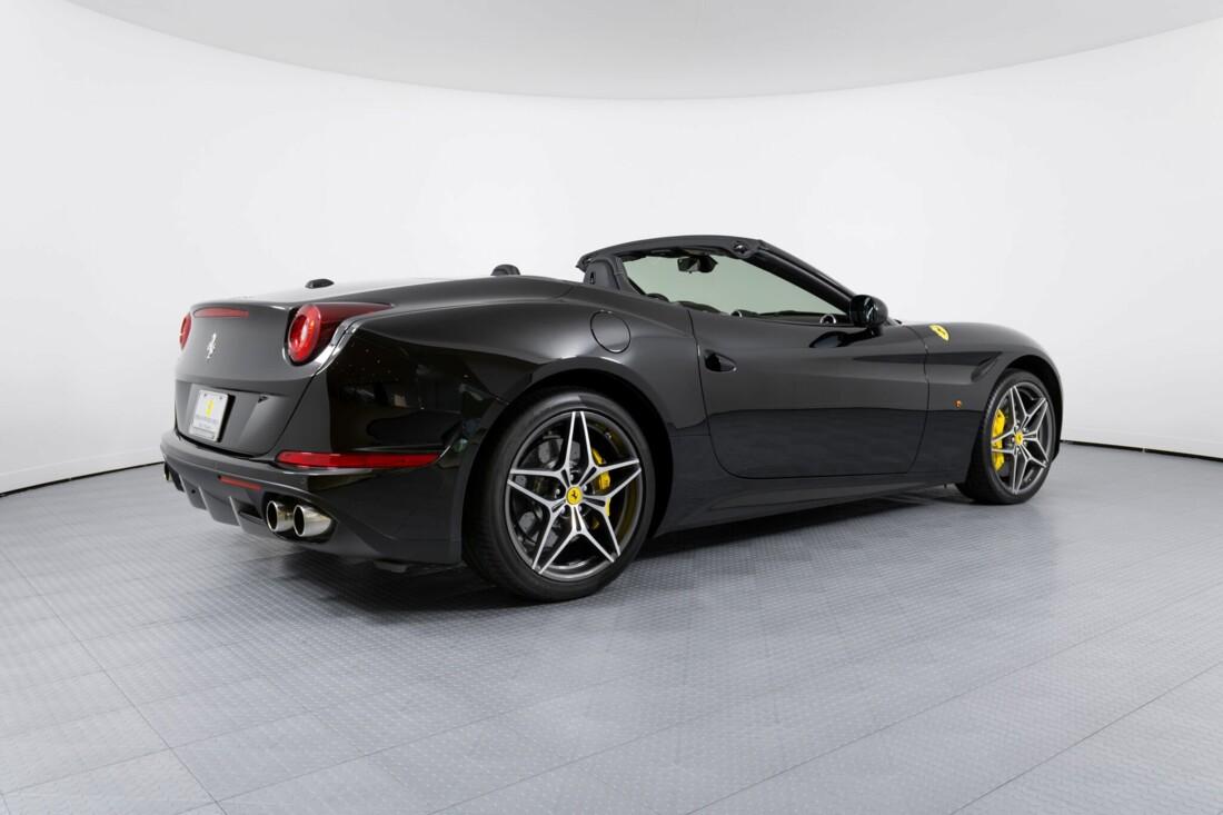 2016 Ferrari  California image _612b3079ad8f90.52128876.jpg
