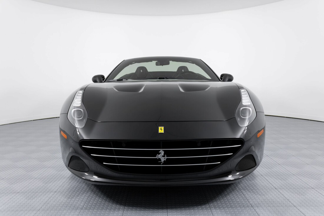 2016 Ferrari  California image _612b307f860dc4.54575526.jpg