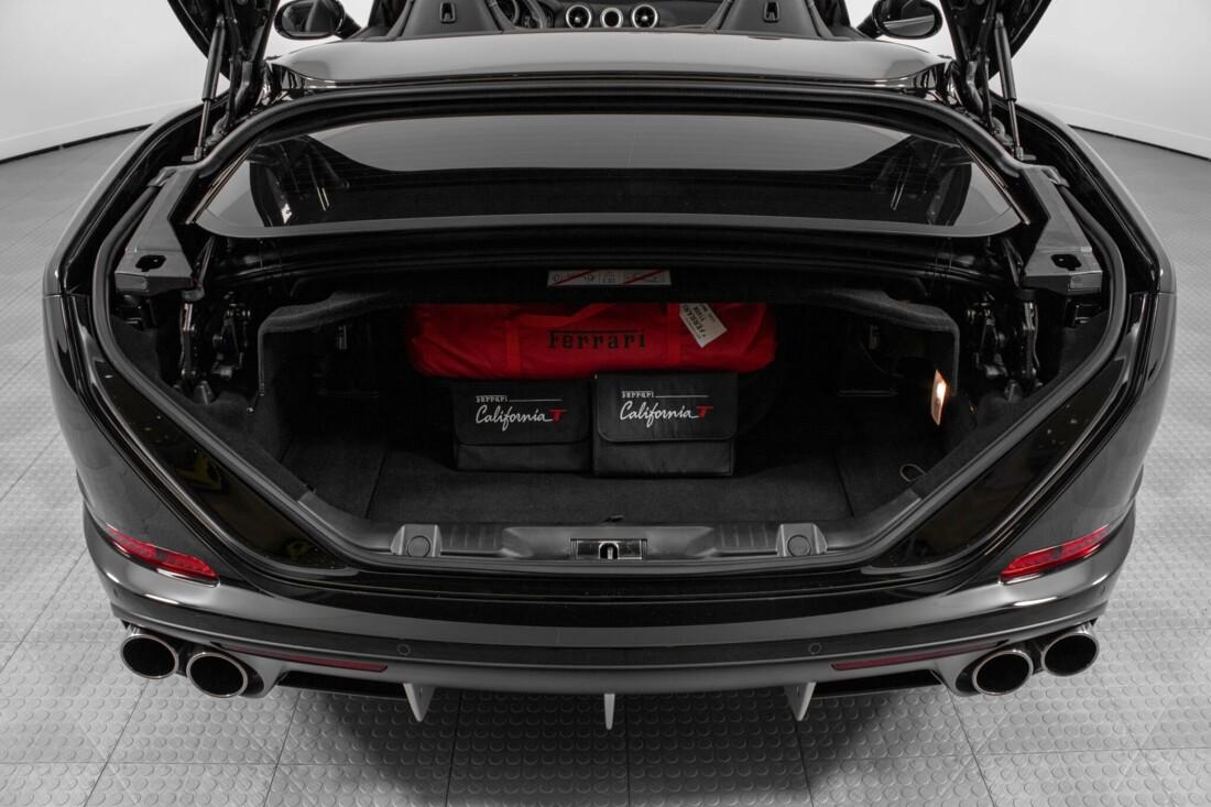 2016 Ferrari  California image _612b3089de6616.70863737.jpg