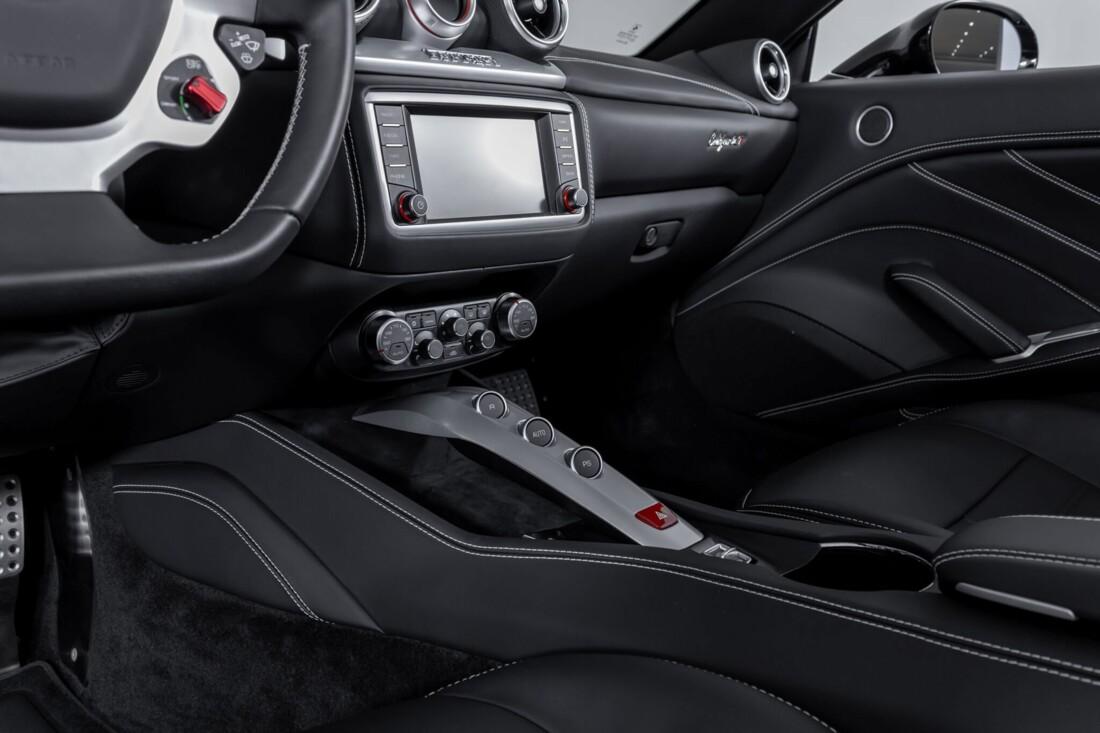 2016 Ferrari  California image _612b3096688462.55615947.jpg