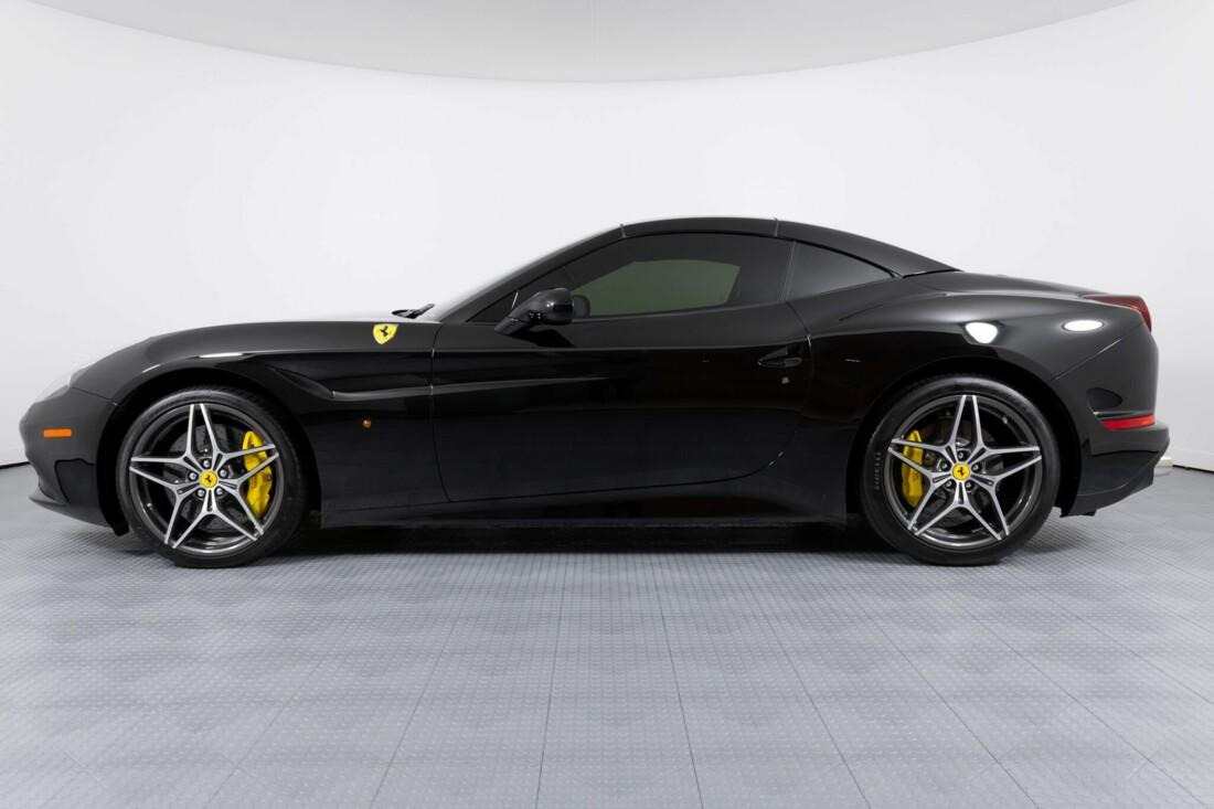 2016 Ferrari  California image _612b30b9b197f7.54576348.jpg