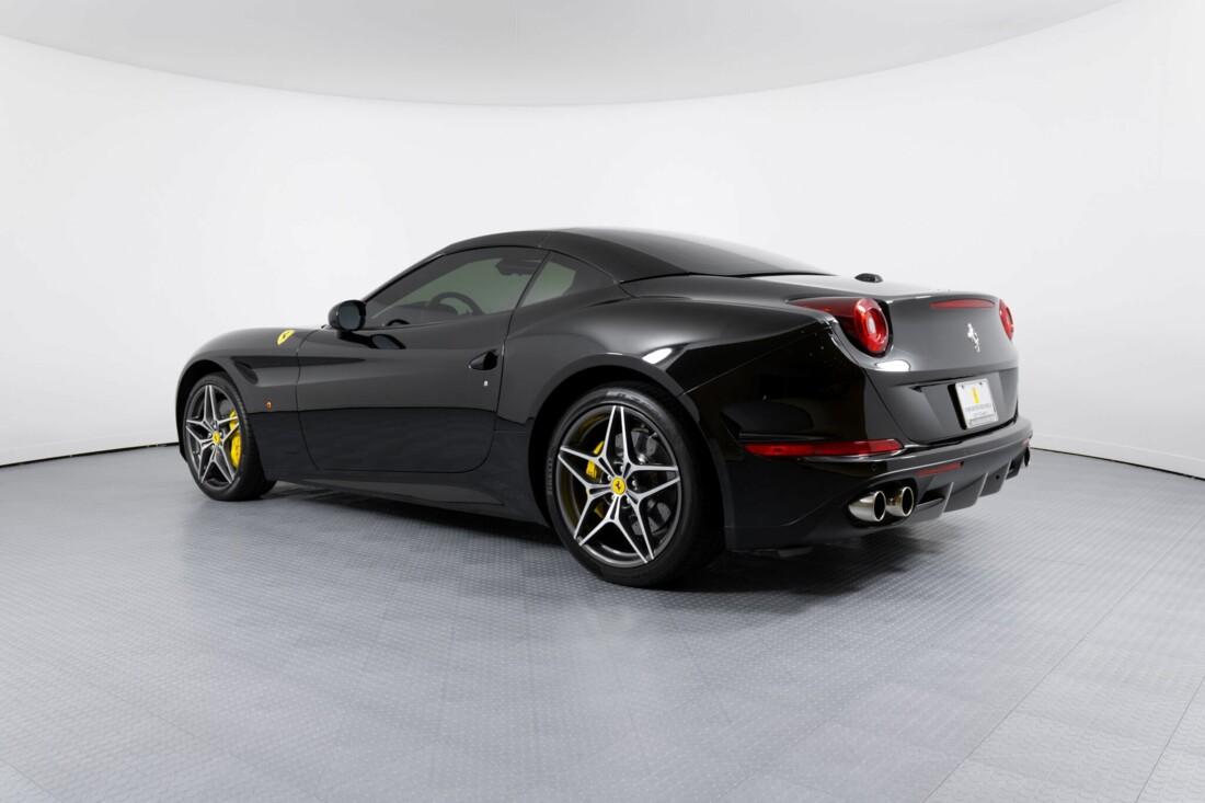 2016 Ferrari  California image _612b30be4c9360.01887909.jpg