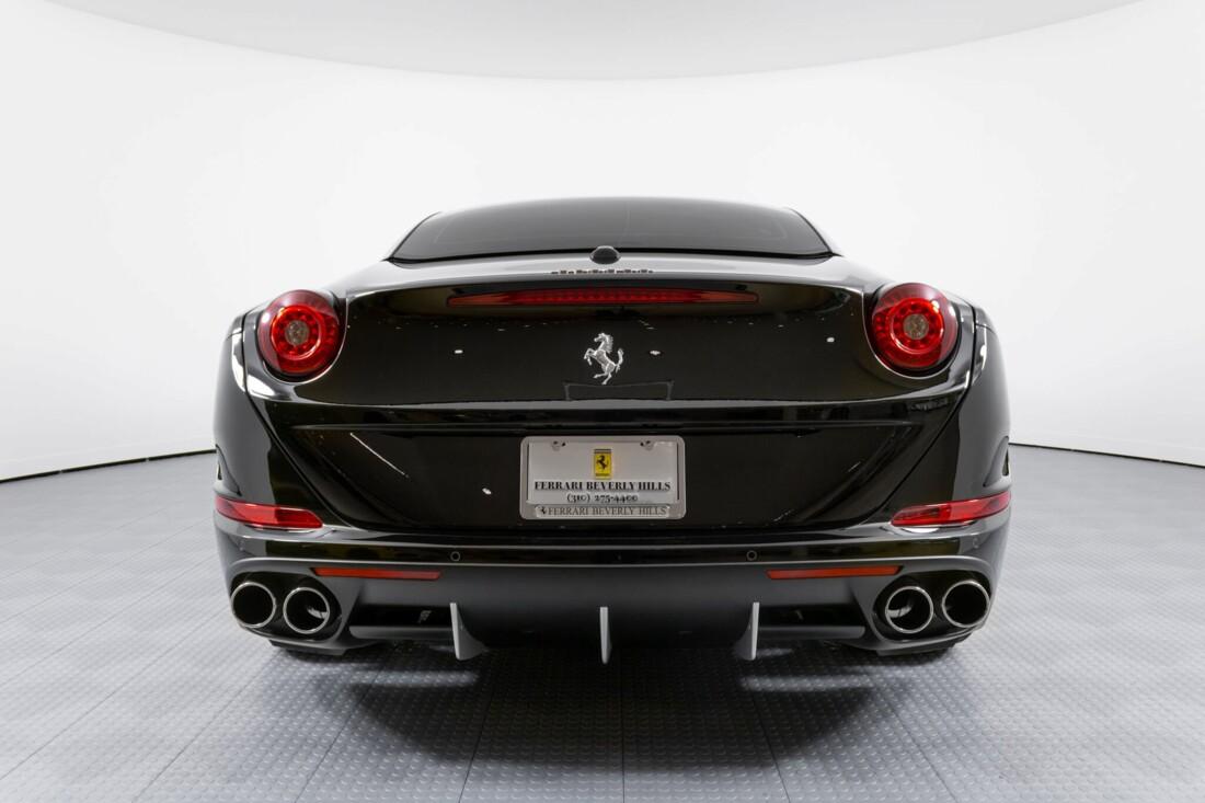 2016 Ferrari  California image _612b30c310a1f1.94958420.jpg