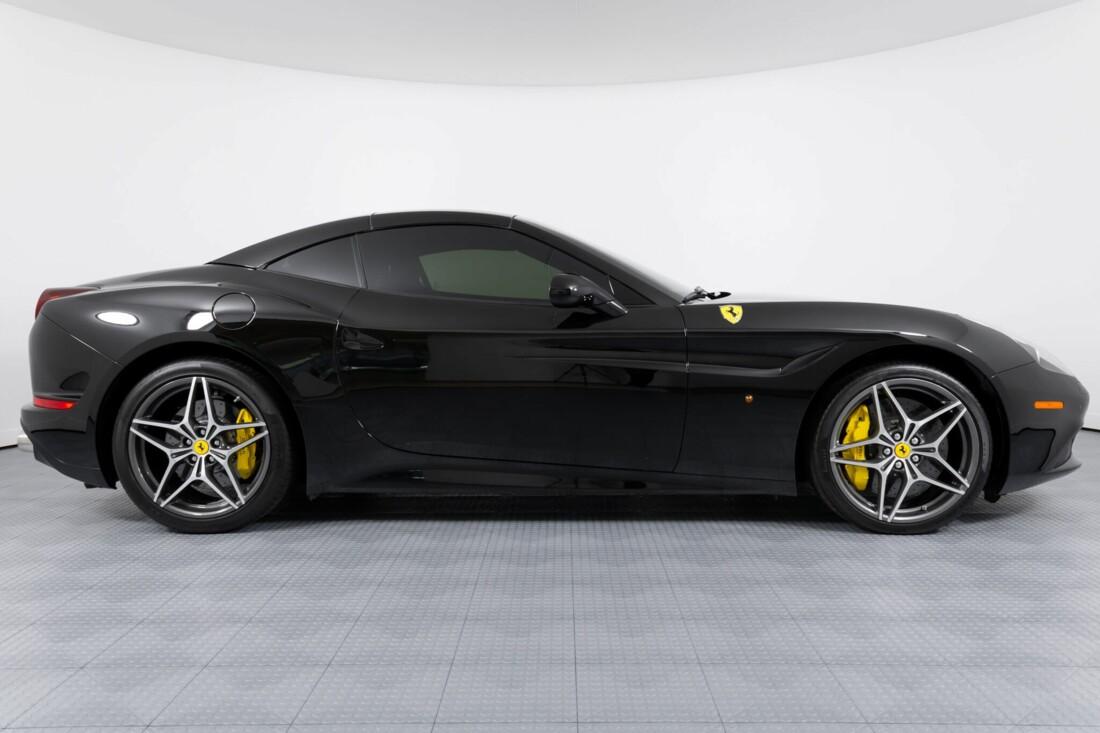 2016 Ferrari  California image _612b30cc23bf78.70903074.jpg