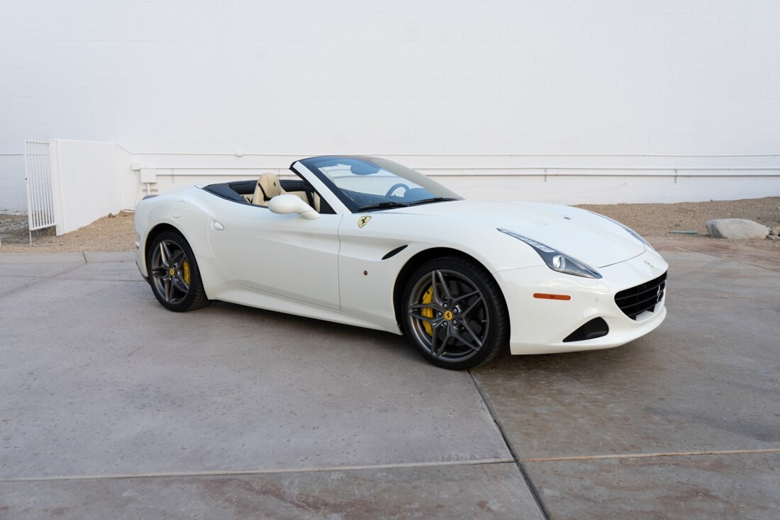 2016 Ferrari  California T image _612c8214931b25.24531741.jpg