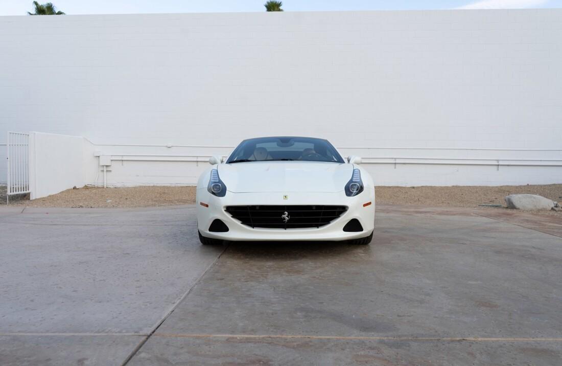 2016 Ferrari  California T image _612c82183f0850.16601636.jpg
