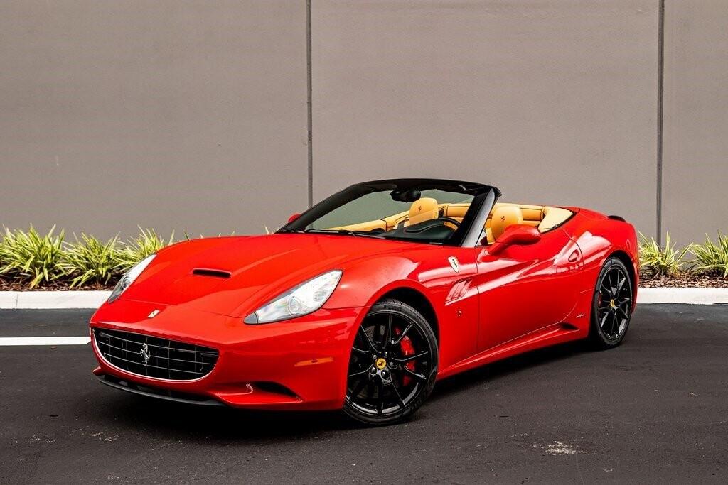 2014 Ferrari  California image _612dd3a846eda0.75488063.jpg