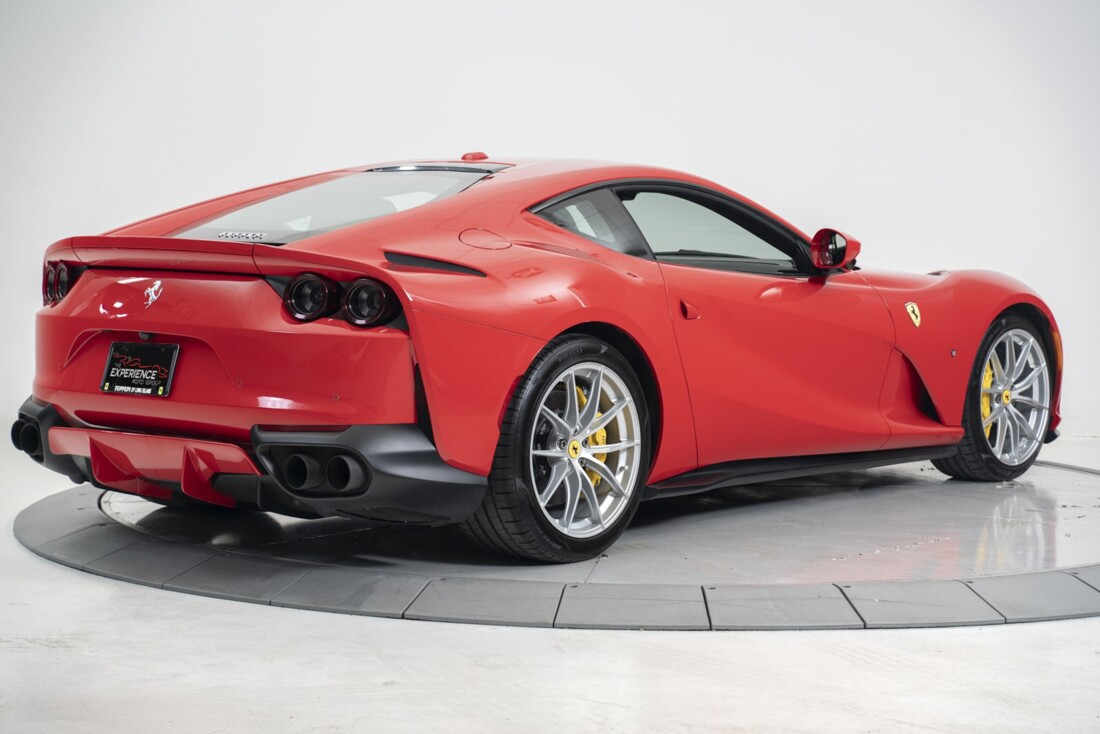 2019 Ferrari 812 Superfast image _612f2611e3e2f8.75662206.jpg