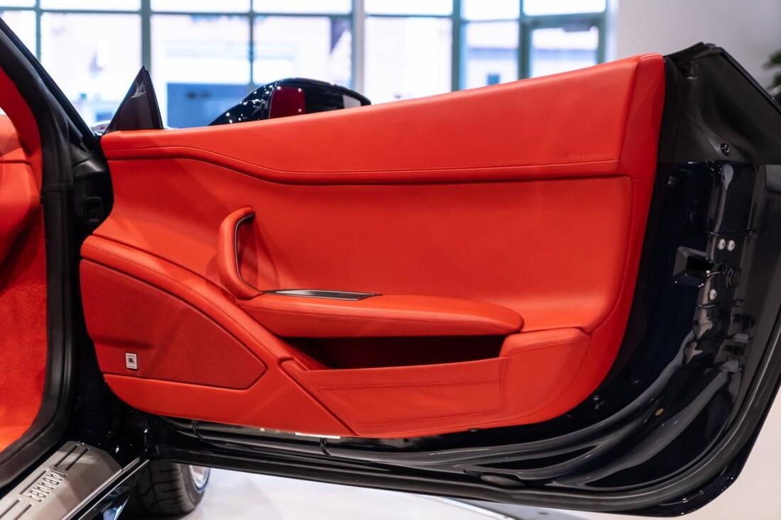 2012 Ferrari 458 Spider image _612f2656729734.77669432.jpg