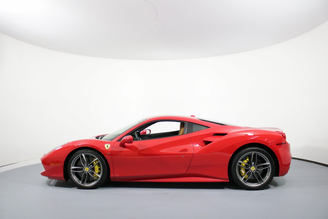 2016 Ferrari 488 GTB image _61308f717a4831.32252096.jpg