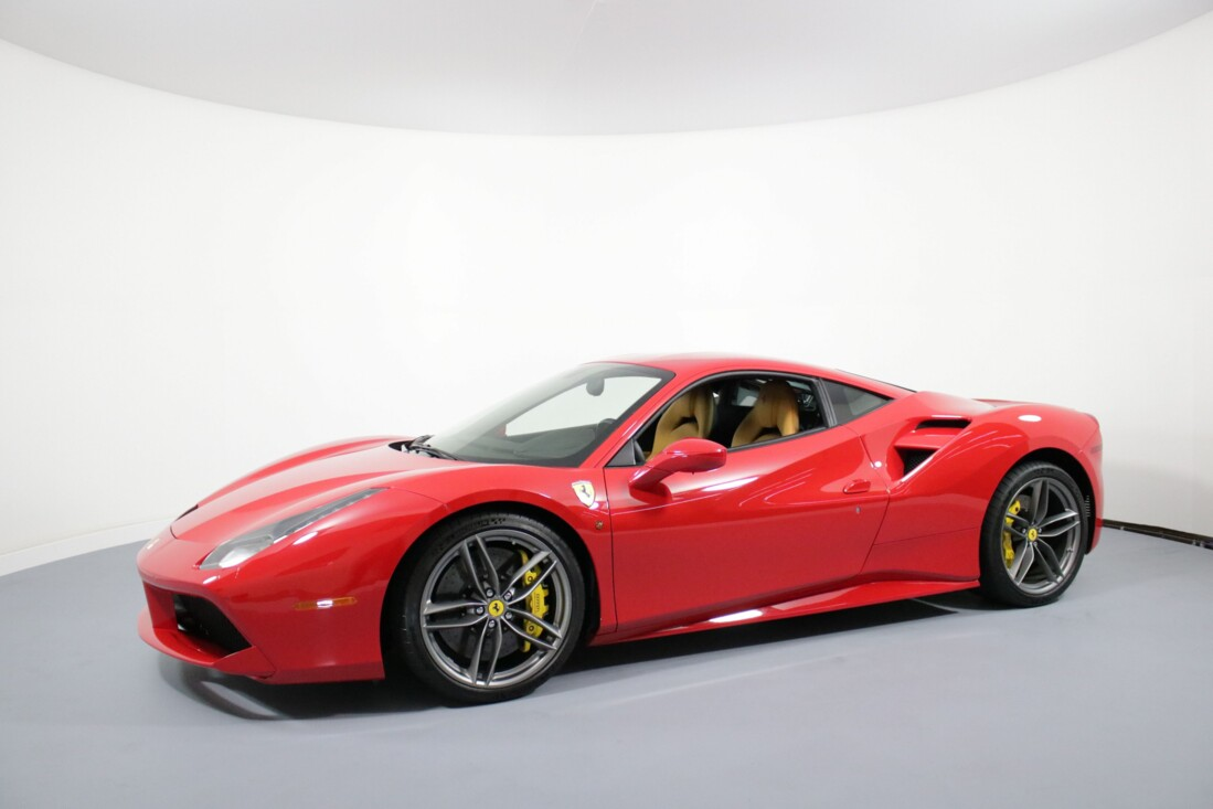 2016 Ferrari 488 GTB image _61308f749ce154.55933354.jpg