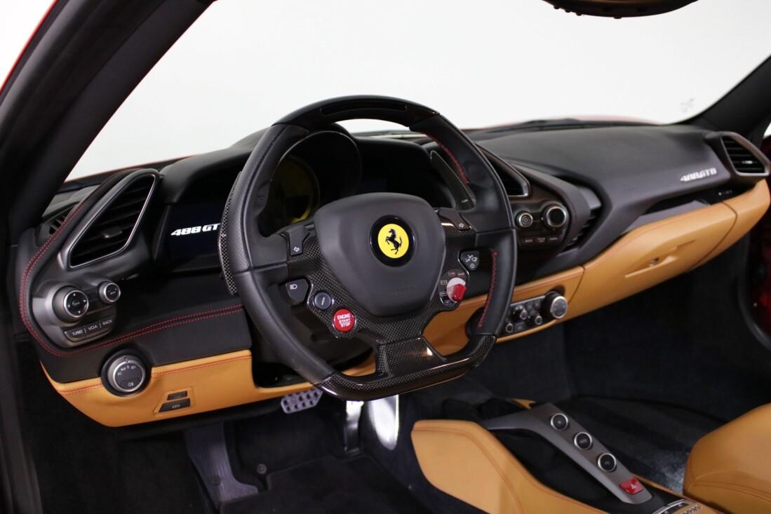 2016 Ferrari 488 GTB image _61308fab236544.02009187.jpg