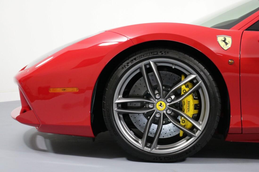 2016 Ferrari 488 GTB image _61308fdcc854a6.43314689.jpg
