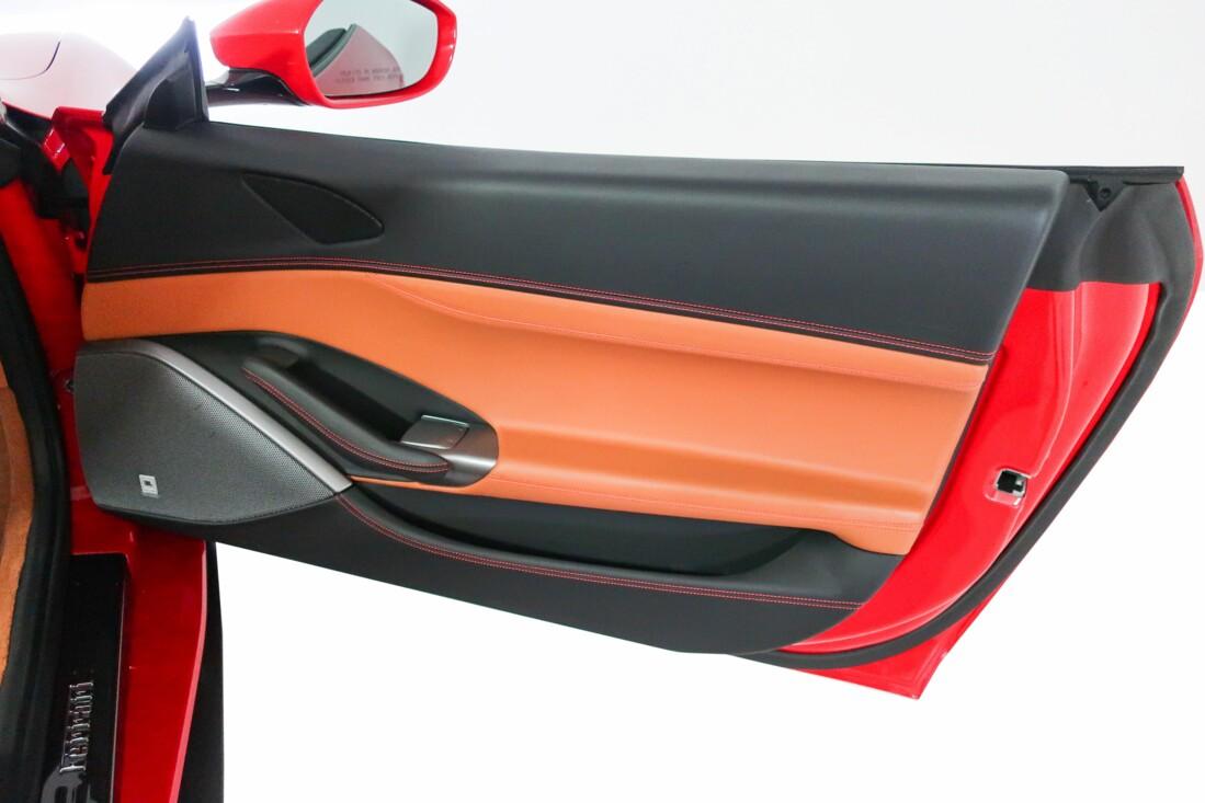 2019 Ferrari  Portofino image _6131c8298c3f98.31414326.jpg