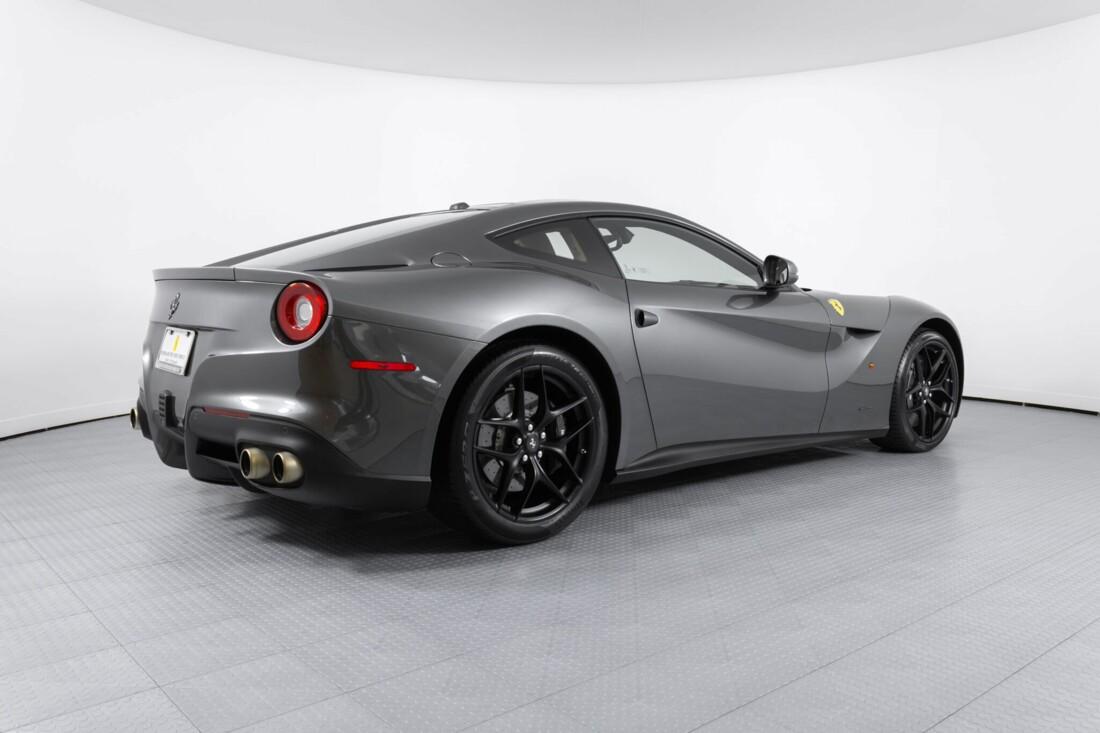 2015 Ferrari F12berlinetta image _6131c8d3a26460.71863057.jpg