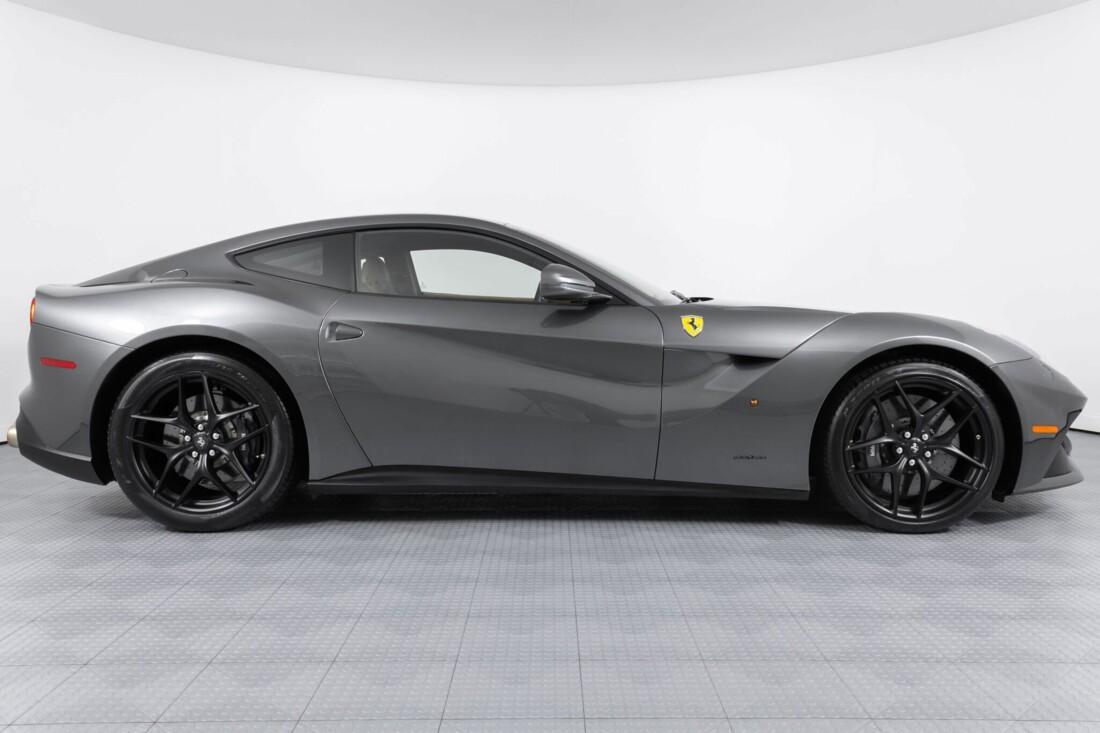 2015 Ferrari F12berlinetta image _6131c8dcb9fb78.31185467.jpg