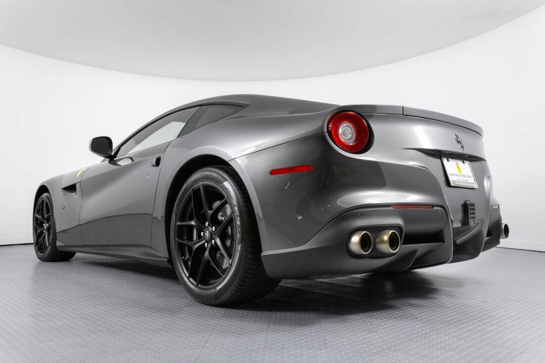2015 Ferrari F12berlinetta image _6131c8e33040d2.68835706.jpg