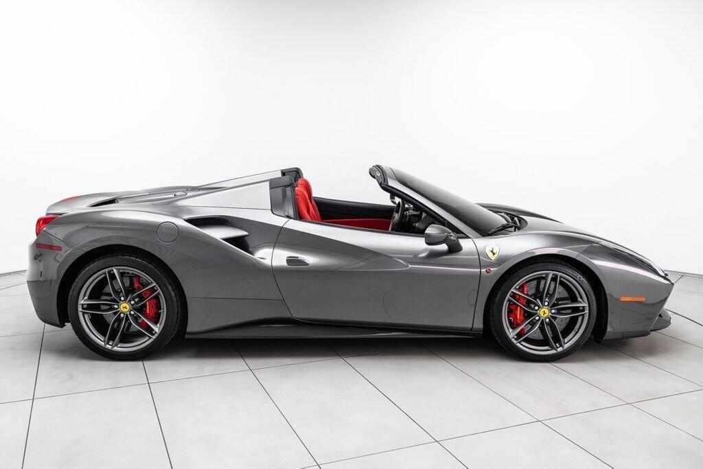 2017 Ferrari 488 Spider image _61331acc019533.29085984.jpg