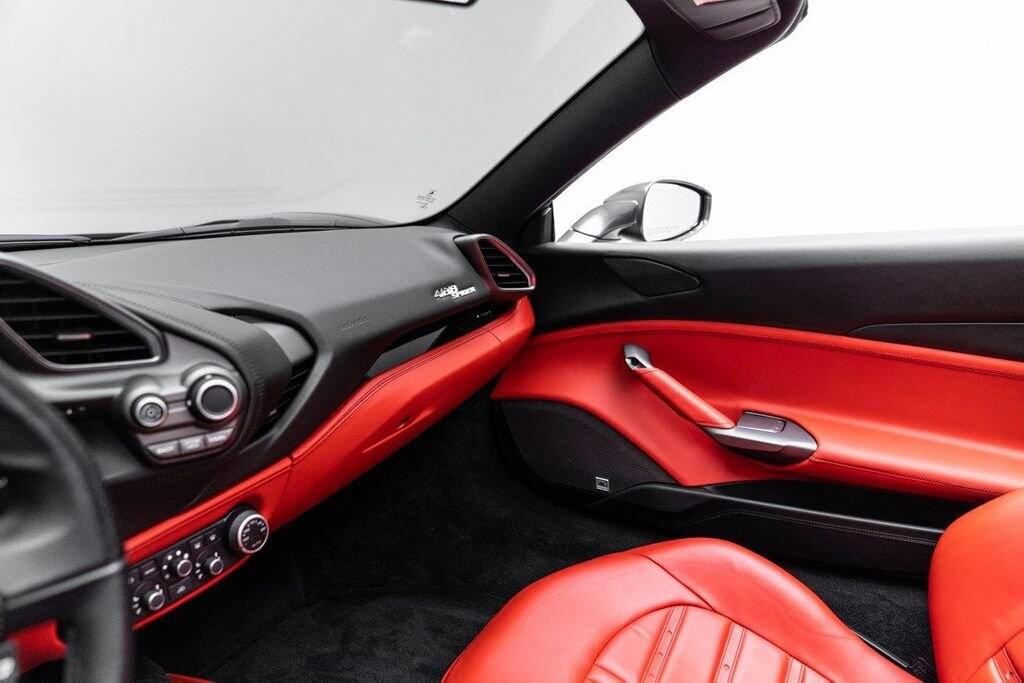 2017 Ferrari 488 Spider image _61331ad715a801.31180635.jpg