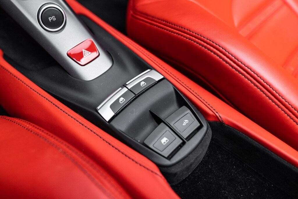 2017 Ferrari 488 Spider image _61331ad8918632.53318077.jpg