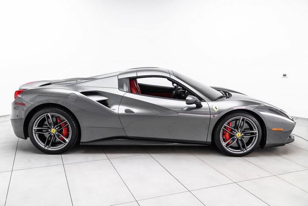 2017 Ferrari 488 Spider image _61331ae256f876.50824572.jpg