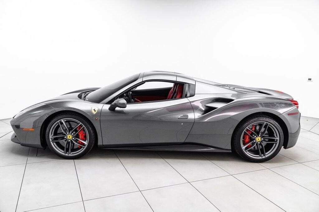 2017 Ferrari 488 Spider image _61331ae4729317.51497531.jpg