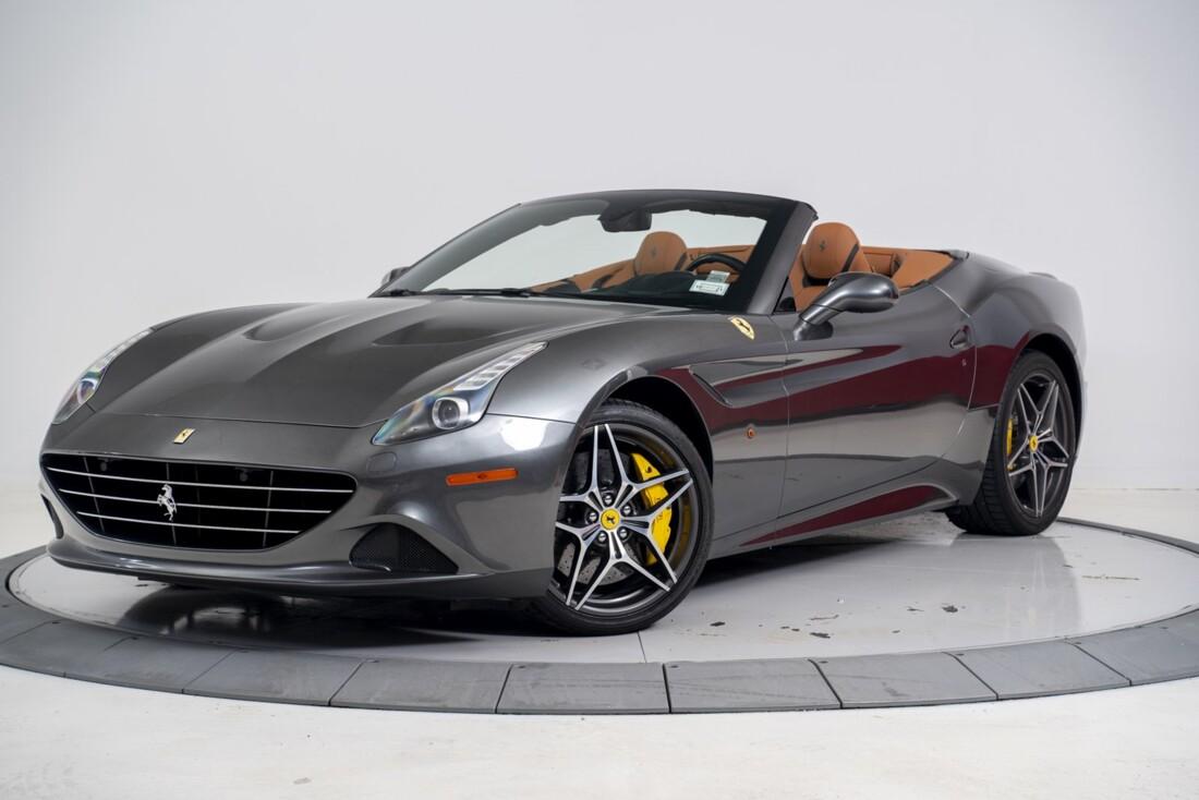 2016 Ferrari  California T image _61331b0a16c298.21159697.jpg