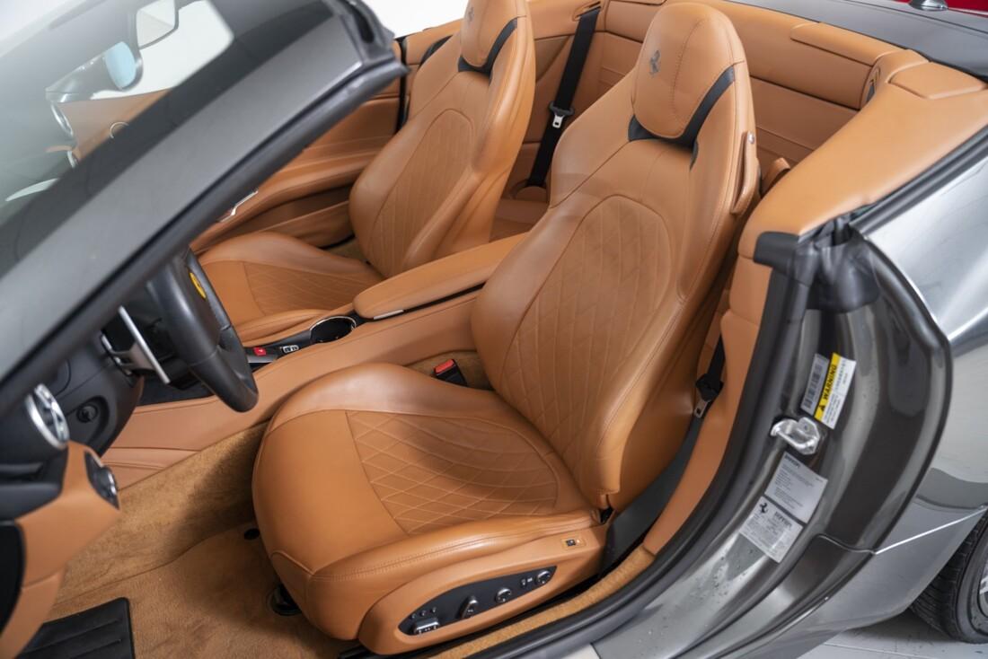 2016 Ferrari  California T image _61331b0c308751.25458490.jpg