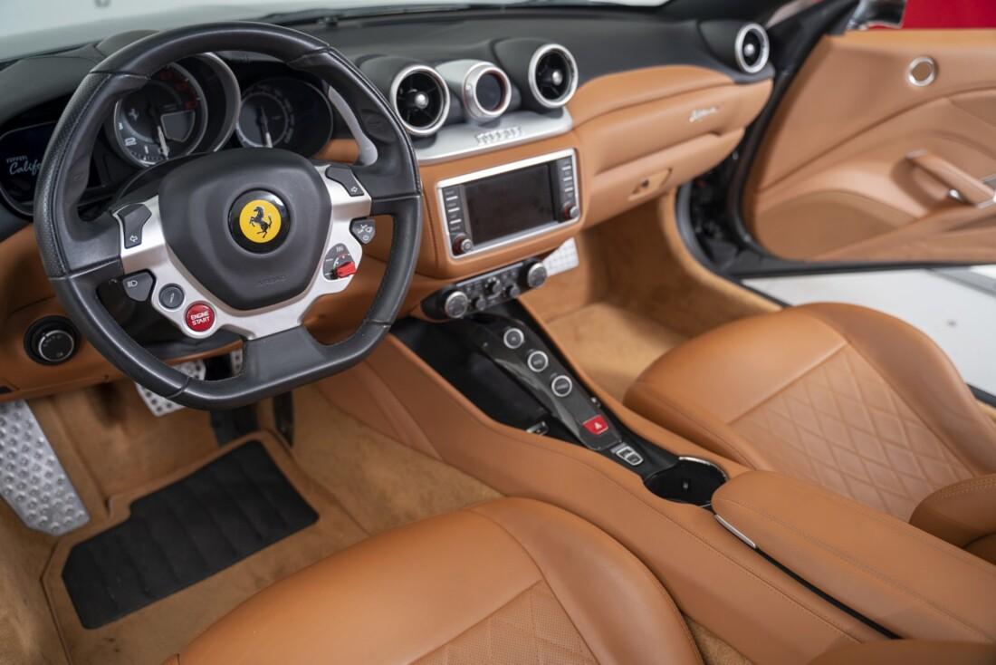 2016 Ferrari  California T image _61331b0d325977.02048284.jpg