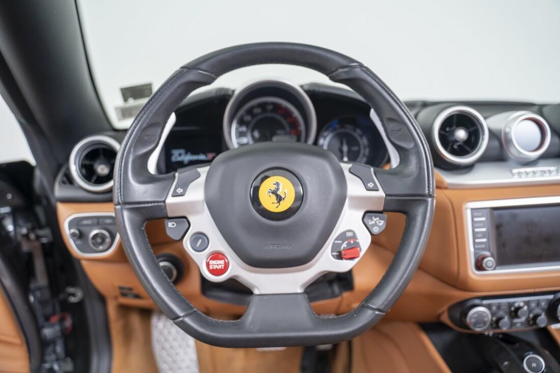2016 Ferrari  California T image _61331b0e0e5089.32347912.jpg