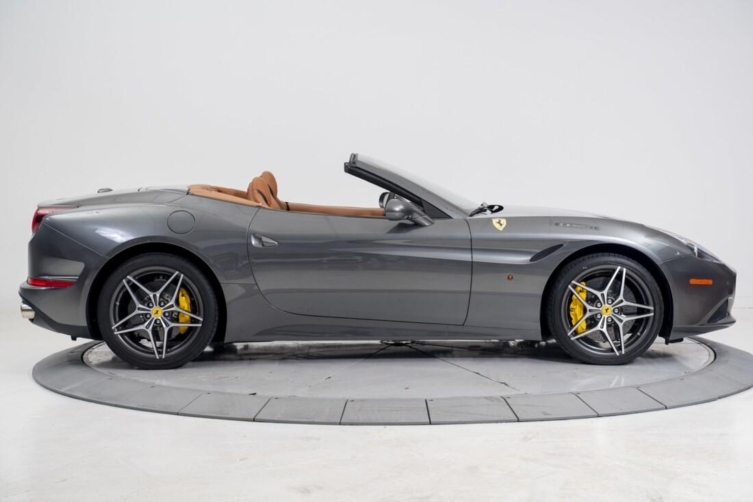 2016 Ferrari  California T image _61331b10a0fb49.97053059.jpg