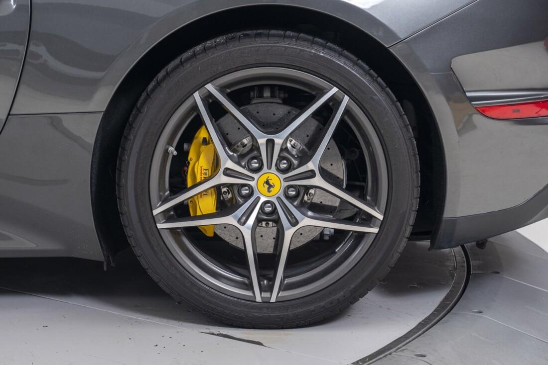 2016 Ferrari  California T image _61331b14e2c3e8.13984736.jpg