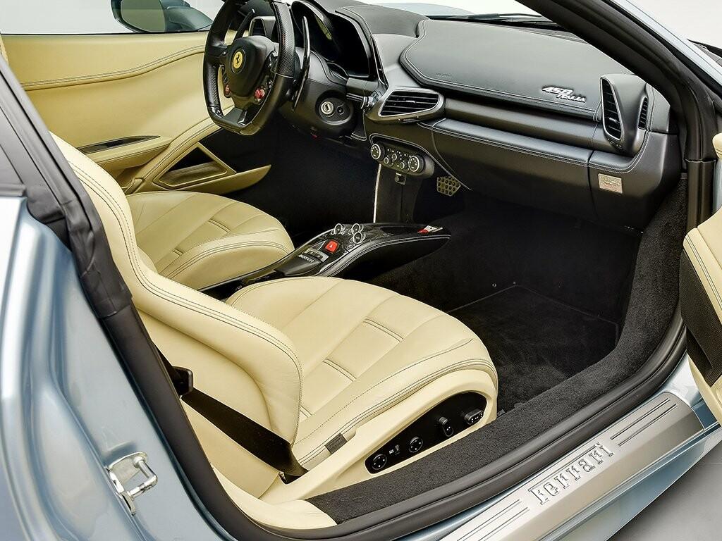 2011 Ferrari  458 Italia image _6139b11c88c770.23324523.jpg