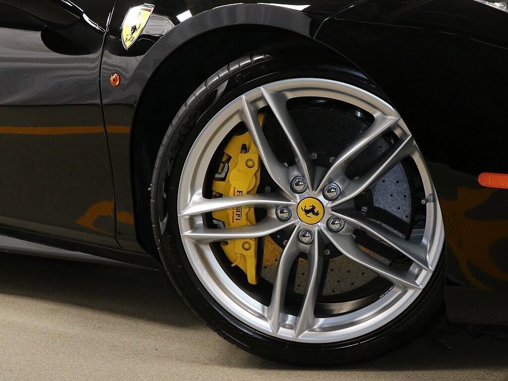 2017 Ferrari 488 GTB image _613b0277397096.43413113.jpg